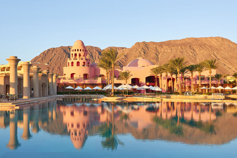 The pool view of Mosaique Taba Hotel